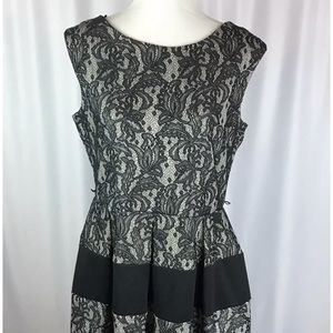 Tiana B Size 14 Black White Lace Empire Dress